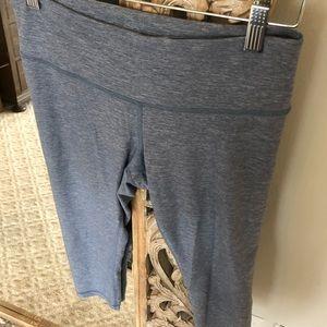 lululemon athletica Pants - Wunder under crops. Low rise